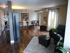 Spacious condo for rent, completely furnished and equipped, in the Ahunsic district of Montreal.