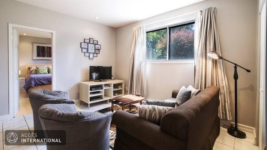 Joli appartement louer meubl et quip dans le quartier for Louer meuble montreal