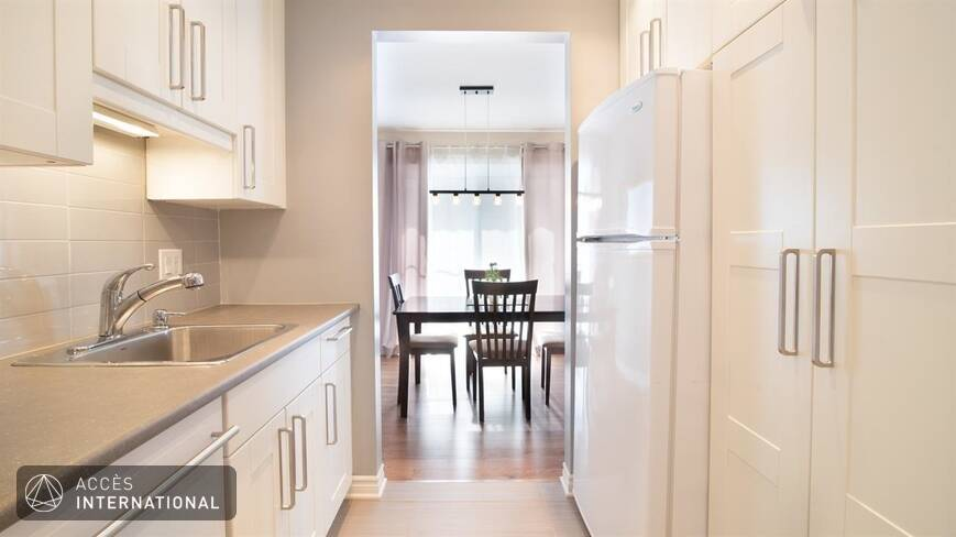 Brossard rive sud de montreal condo louer location meubl for Chambre a louer brossard