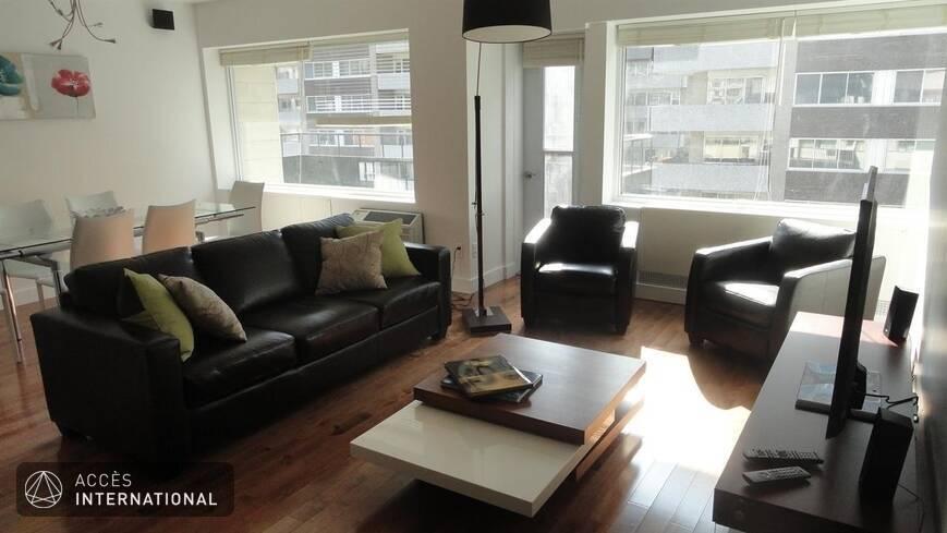 Condo avec 3 chambres meubl et quipp louer au centre for Location de meuble montreal