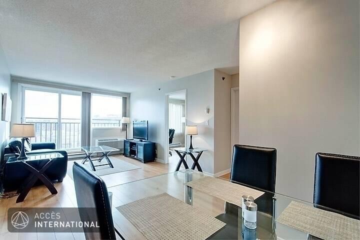 Appartement meubl louer dans le quartier griffintown for Meuble 5000 montreal