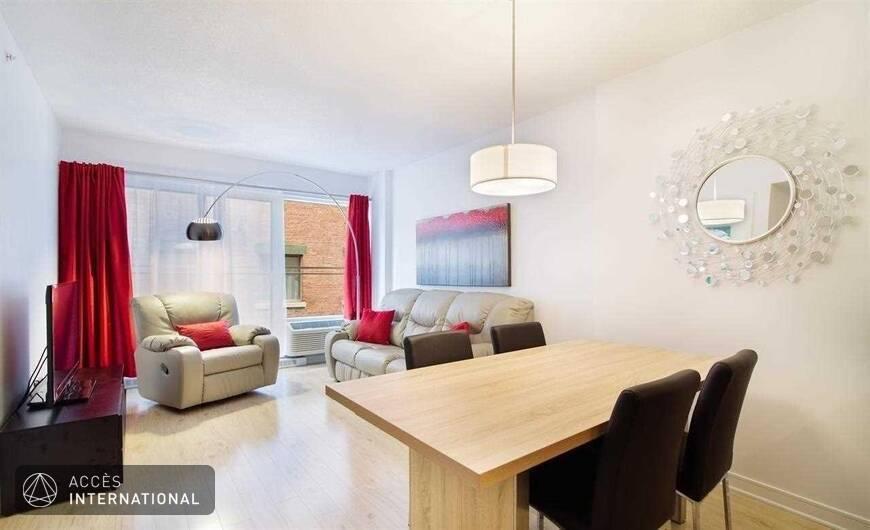 Bel appartement louer meubl et quip au centre ville for Meuble 5000 montreal