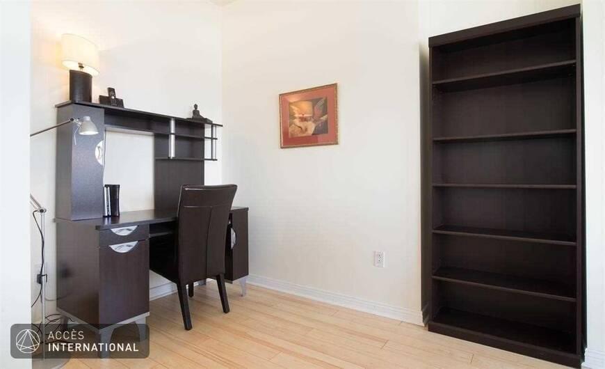 Condo meubl louer dans le centre ville de montr al for Location de meuble montreal