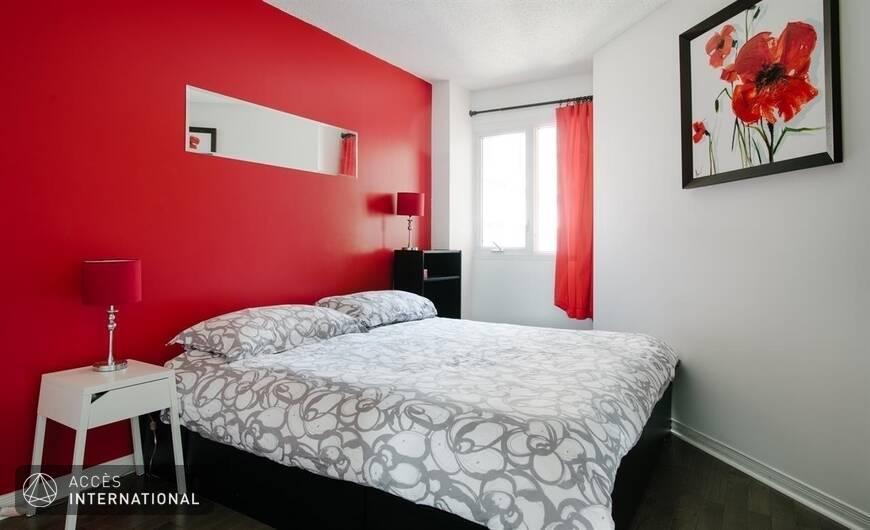 Appartement meubl louer dans le quartier c te des for Meuble 5000 montreal