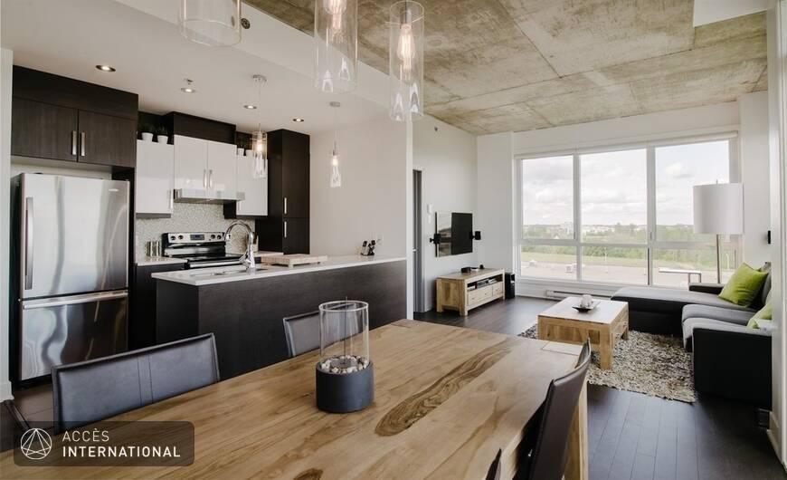 Luxueux penthouse compl tement meubl louer laval for Meuble authentika laval