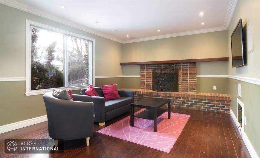 maison meubl louer dollard des ormeaux dans l 39 ouest de montr al. Black Bedroom Furniture Sets. Home Design Ideas