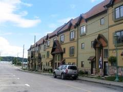 Apartment condo for rent Laurentians fully furnished