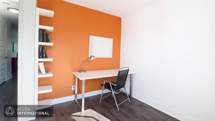 Joli condo neuf louer meubl et quip pr s du centre for Location de meuble montreal