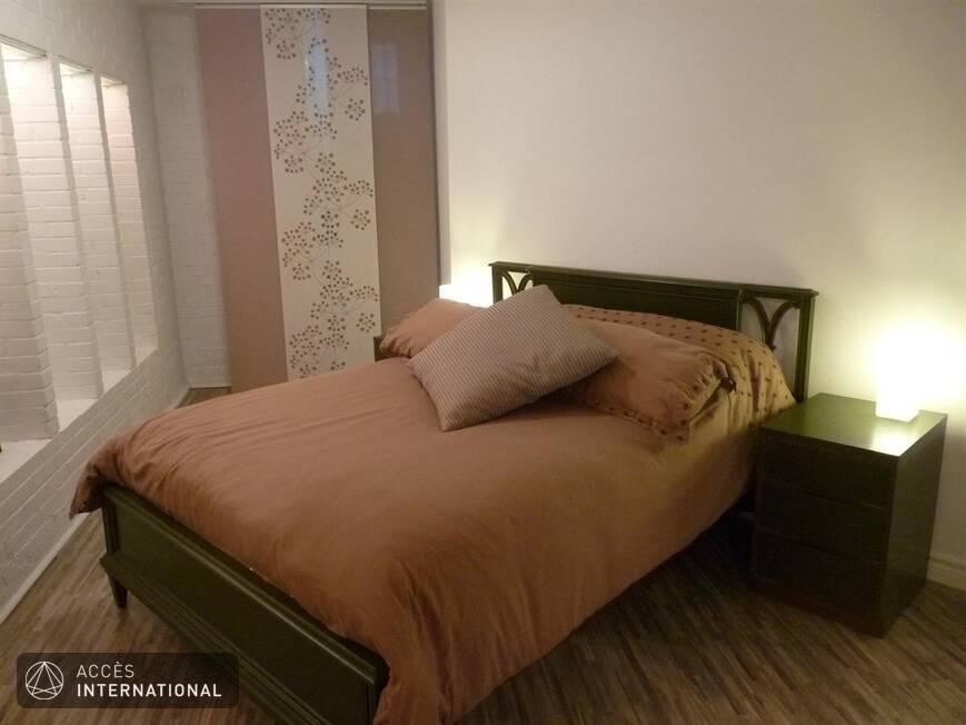 studio de style new yorkais meubl et quip louer dans le mile end. Black Bedroom Furniture Sets. Home Design Ideas