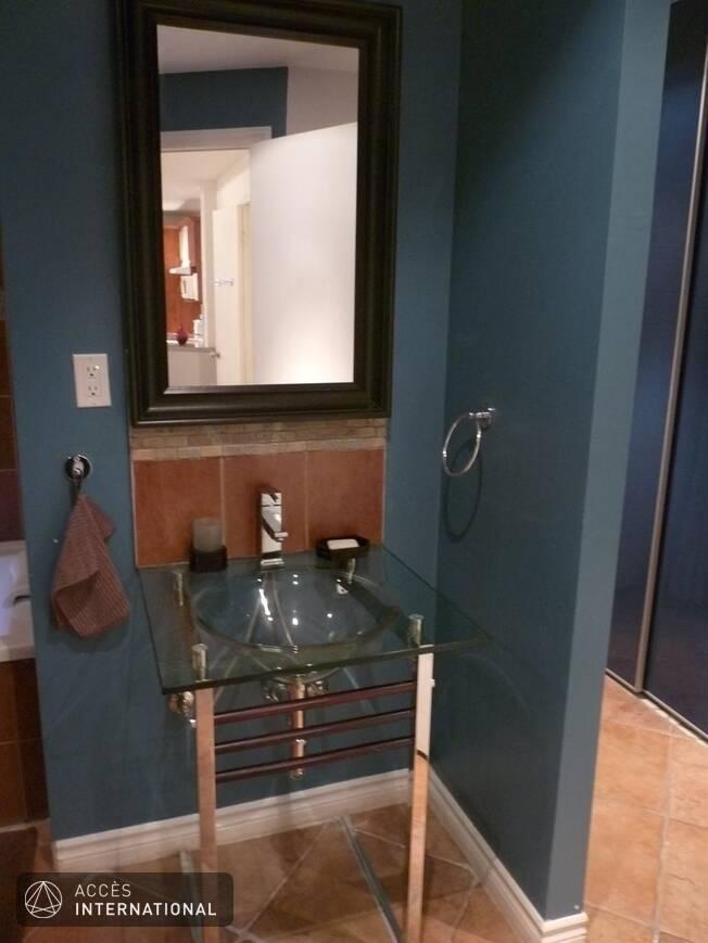Studio de style new yorkais meubl et quip louer dans for Meuble victorien montreal