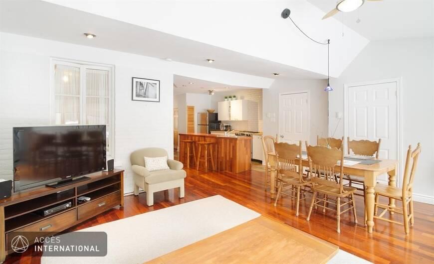 joli appartement meubl louer au plateau mont royal pr s du parc lafontaine. Black Bedroom Furniture Sets. Home Design Ideas
