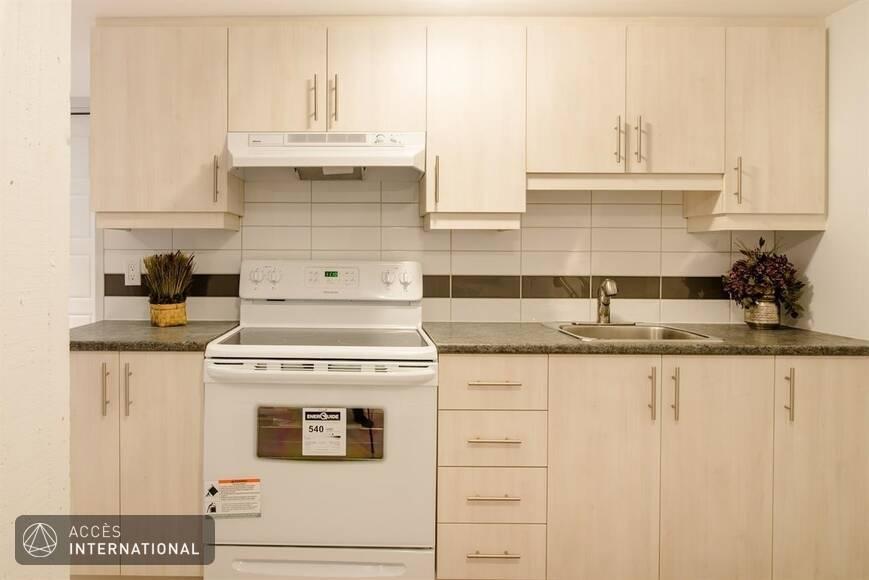 Appartement meubl et quip montr al dans le quartier - Appartement meuble plateau mont royal ...
