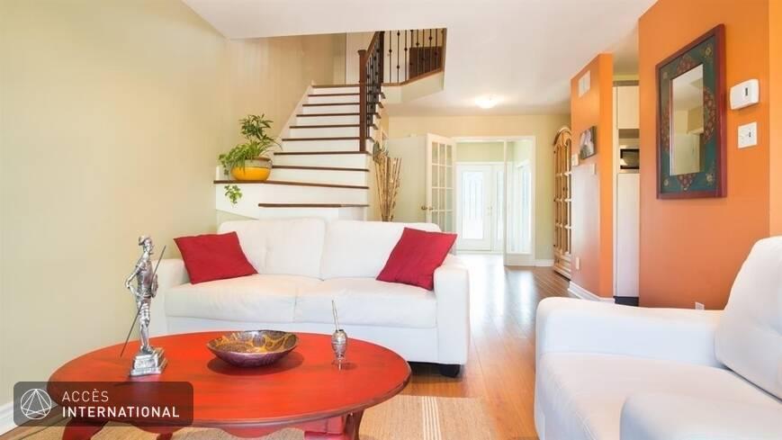 maison meubl e quip e louer pierrefonds montr al. Black Bedroom Furniture Sets. Home Design Ideas
