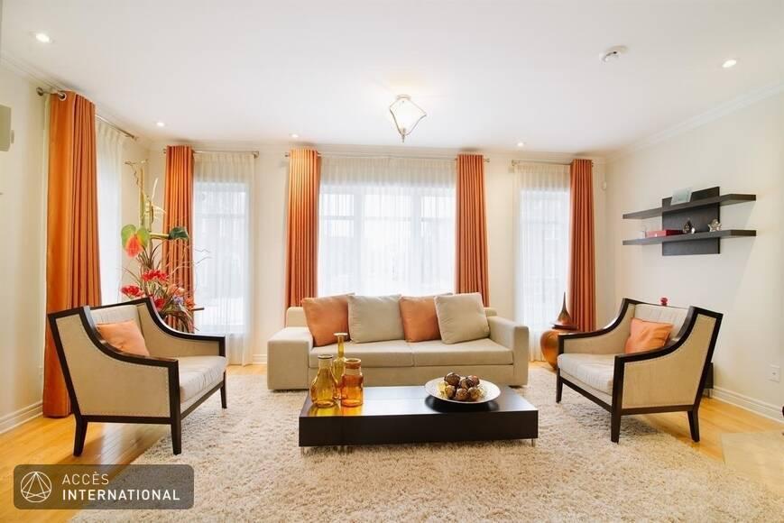 maison compl tement meubl e louer ville saint laurent. Black Bedroom Furniture Sets. Home Design Ideas
