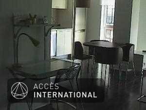 loft dans le vieux montr al meubl et quip pour la location. Black Bedroom Furniture Sets. Home Design Ideas