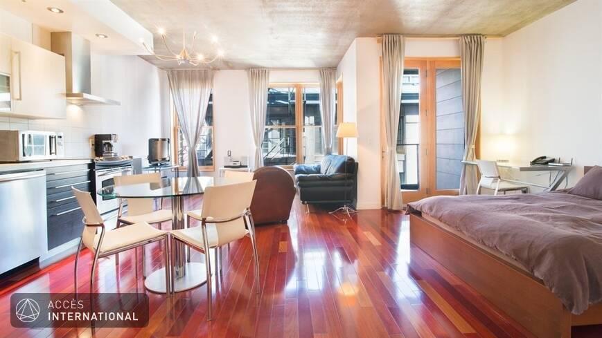 Condominium meubl et quip en location situ dans le for Meuble 5000 montreal