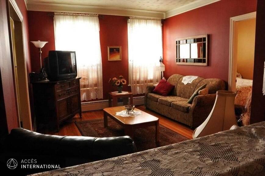 Superbe condominium louer compl tement meubl et quip for Chambre a louer vieux quebec