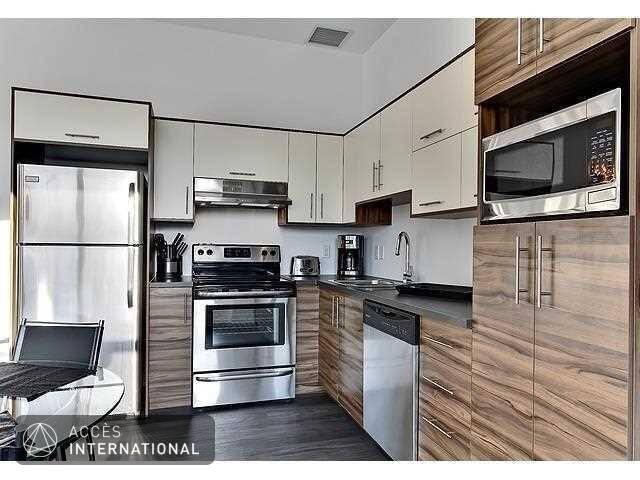 Loft urbain neuf moderne louer meubl et quip 2 for Meuble urbain