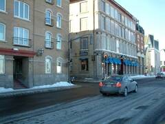Condo for rent entirely furnished and equipped in the Old-Port of Quebec City.