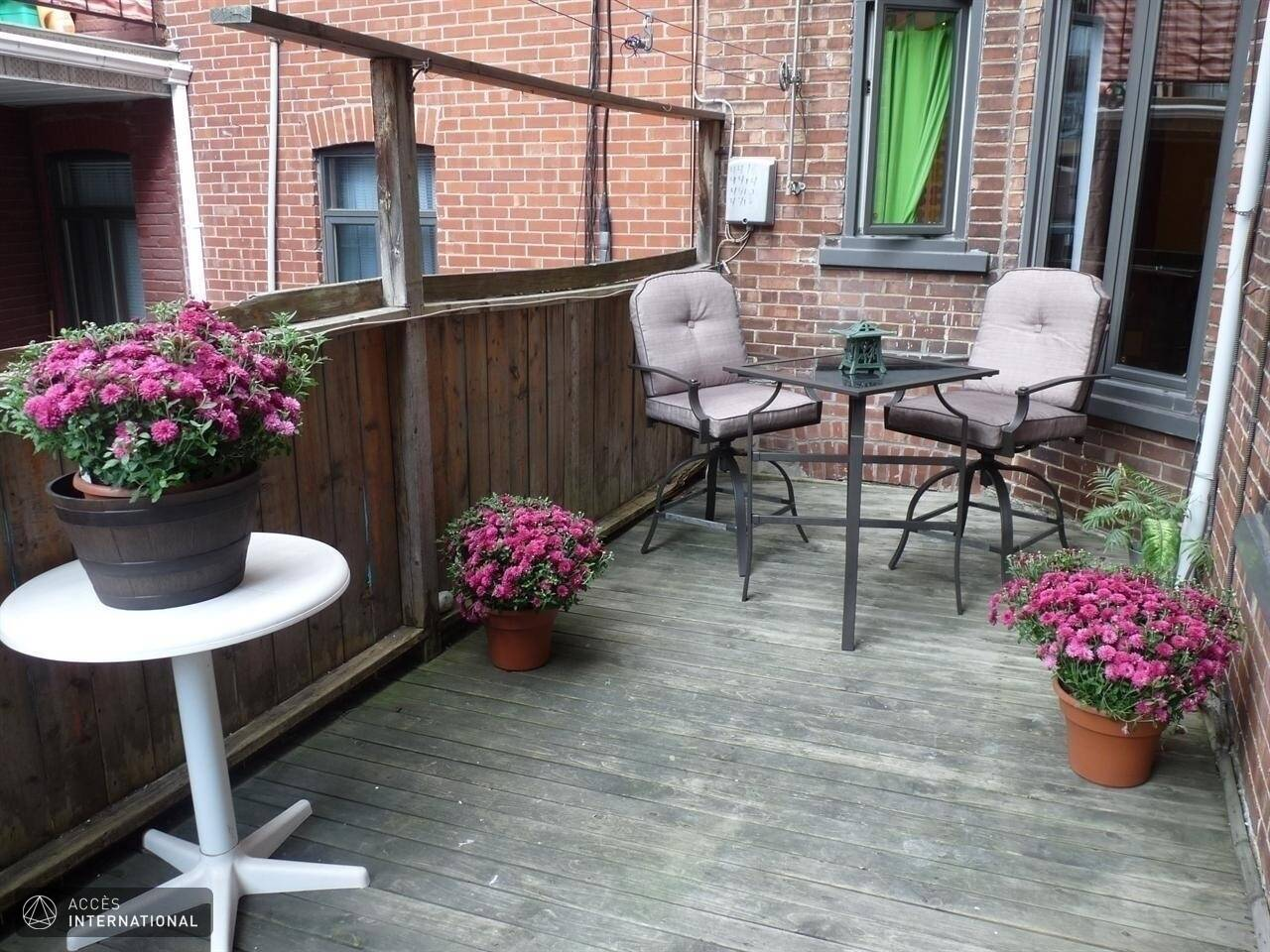 Triplex Furnished And Fully Equipped For Rent  Plateau